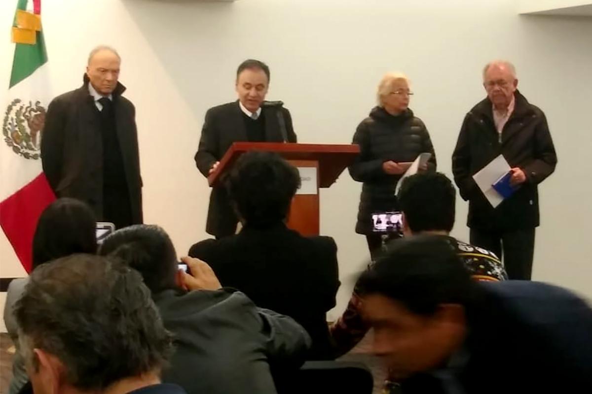 Expertos internacionales apoyarán investigación sobre caída del helicóptero en Puebla
