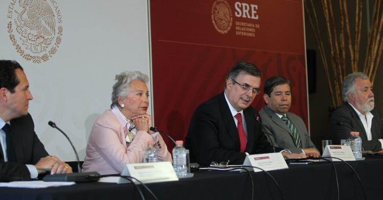 México privilegia relación económica con EEUU por encima de migrantes