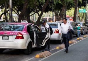 Nuevos requisitos para conductores de Uber y Cabify