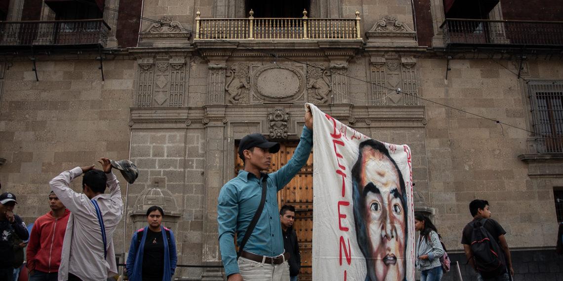 Piden a FGR acatar sentencia y abrir cuarteles militares