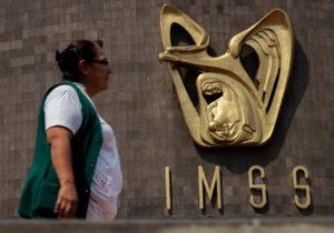 La primera renuncia en la 4T: Germán Martínez deja el IMSS