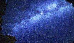 La lluvia de estrellas que…