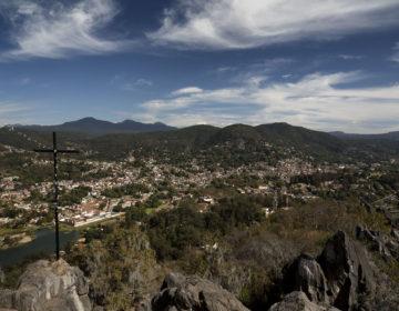 """Valle de Bravo, un """"pueblo mágico"""" construido sobre vestigios"""