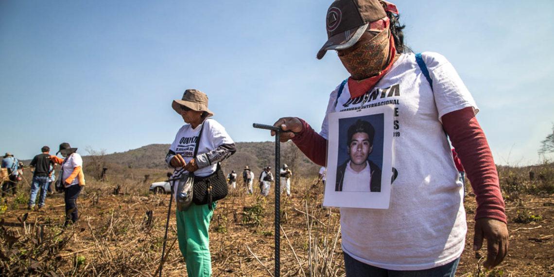 Logran familias más hallazgos que las autoridades en  caravana de búsqueda
