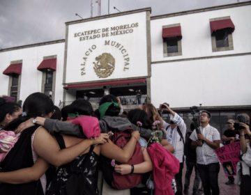 'Porque aquí vivimos': marchan en Ecatepec contra violencia feminicida