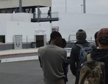 México cierra las puertas a migrantes haitianos: activistas
