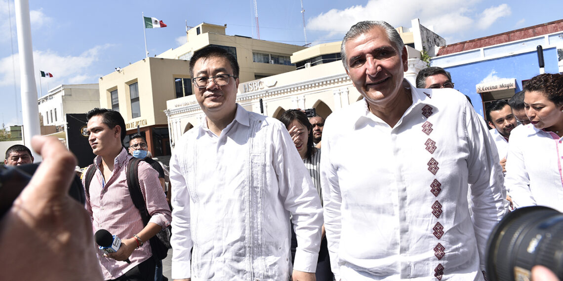 EU y China tocan puerta en Tabasco por reactivación petrolera