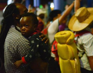 Gobierno buscará trabajo a migrantes afro en Tapachula
