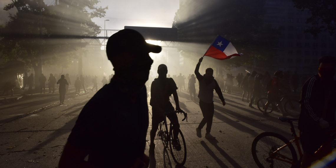 Nuevos enfrentamientos en Chile; ciudadanos demandan cambios estructurales