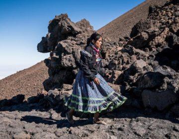 Lorena, historia de dignidad y pies ligeros