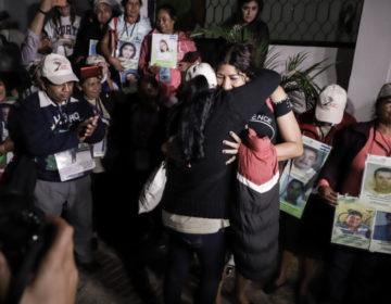 Caravana de madres reúne a hermanas tras 15 años de dejar Honduras