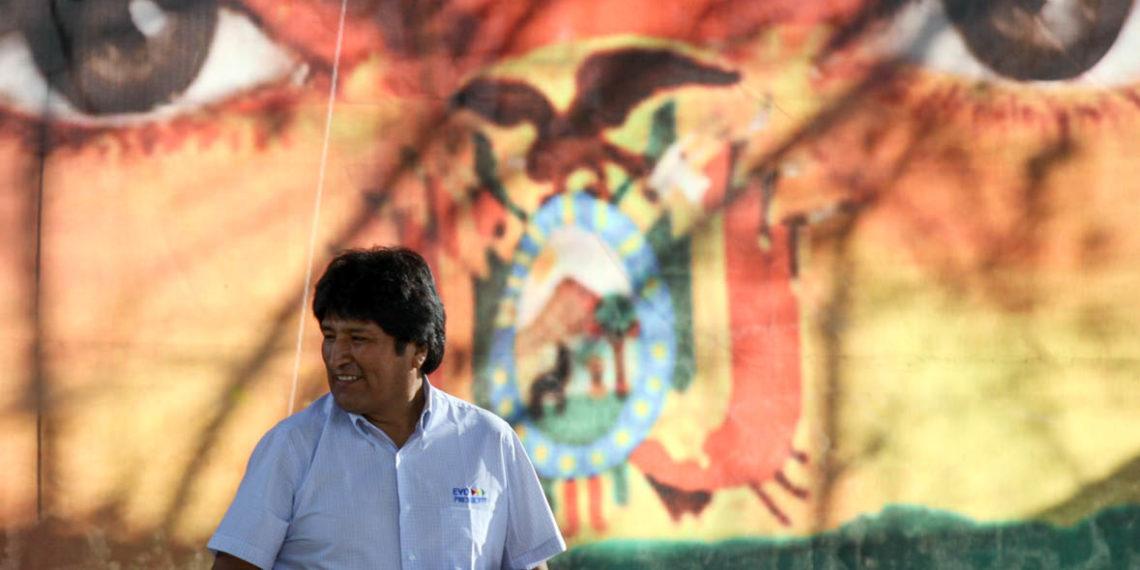 Evo Morales renuncia a la presidencia de Bolivia. Acusa golpe de Estado
