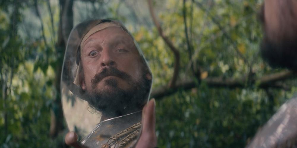Documental 499: Un conquistador, parte del ejército de colonizadores imperialistas a mando Cortés de hace 499 años